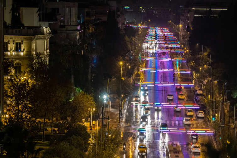 LIGHT INSTALLATION DURING CHRISTMAS PERIOD IN ATHENS